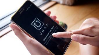 """""""Hackers"""" robaron datos de millones de usuarios de Uber"""