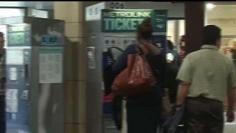 Metro agrega trenes especiales para el juego de los Rams