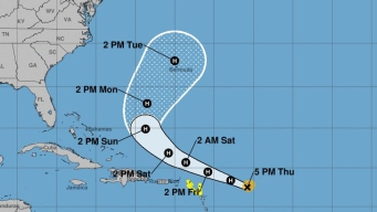 El huracán Jerry sigue fortaleciéndose