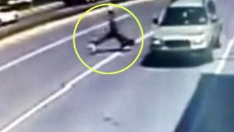 Presunto ladrón huye por transitada calle y termina mal