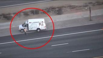 Policía: se roba una ambulancia en medias y sin camisa