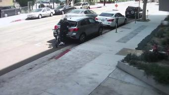 Roban autos en LA y venden los artículos en Oakland