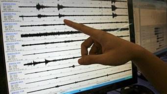 Emiten aviso de tsunami tras terremoto en la isla de Java