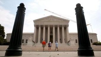 Corte Suprema rechaza revisar plan sobre DACA