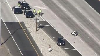 Vehículo golpea a oficial de CHP en Autopista 10
