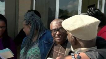 Anulan sentencia de hombre que pasó 45 años preso