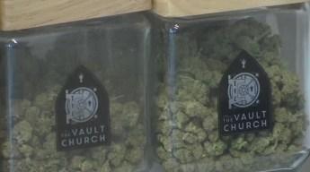 Investigan dispensarios de marihuana ilegales