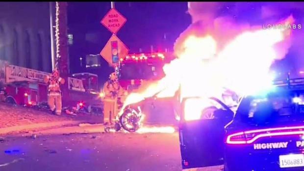 [TLMD - LA] Aparatoso accidente en Autopista 101 en Los Ángeles