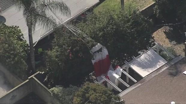 [TLMD - LA] Avioneta cae sobre vivienda en Upland
