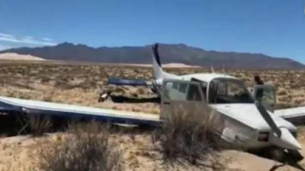 [TLMD - LA] Dramáticas imágenes de aterrizaje de avioneta