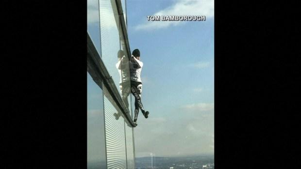 [TLMD - MIA] Spiderman escala torre de Londres