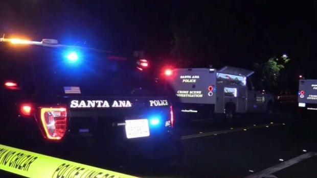 [TLMD - LA] Hombre hospitalizado tras ser baleado en robo de auto