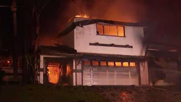 Incendio Hillside consume seis casas en San Bernardino