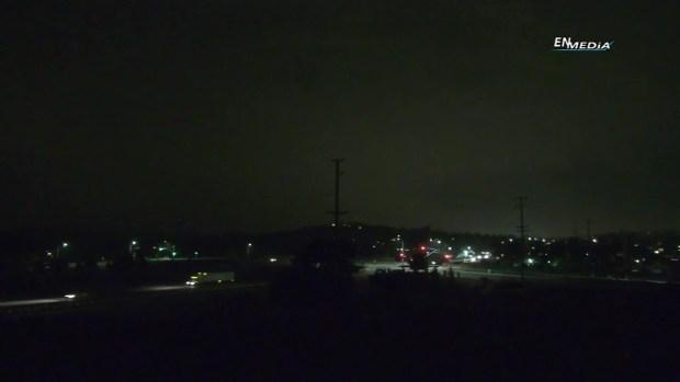Truenos despiertan a residentes de Yucaipa
