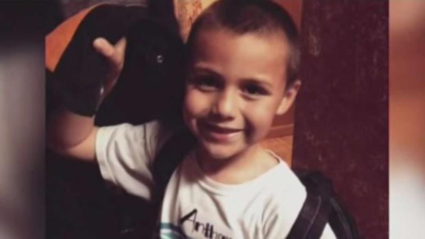 Familiares y amigos despiden al pequeño Anthony Ávalos