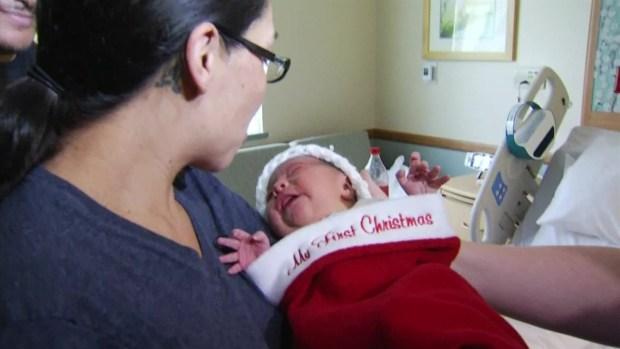 Recien nacidos son bienvenidos en botines navideños