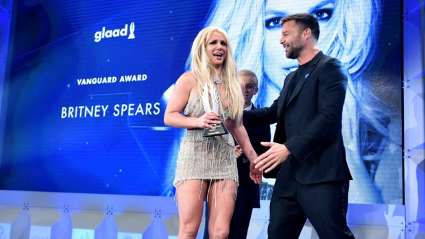 Las intensas palabras de Ricky Martin y Britney Spears en memorable premiación