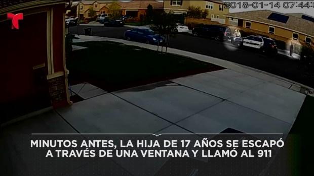 [TLMD - LA] Momentos en que la pareja acusada de maltrato hacia sus hijos fue arrestada