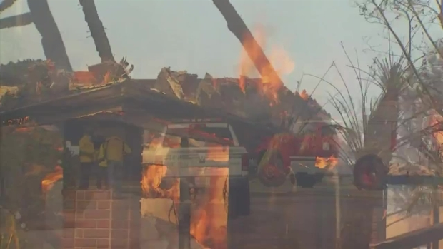 Imágenes del Incendio Canyon 2 en el área de Anaheim