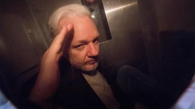 EEUU presenta más cargos contra fundador de WikiLeaks