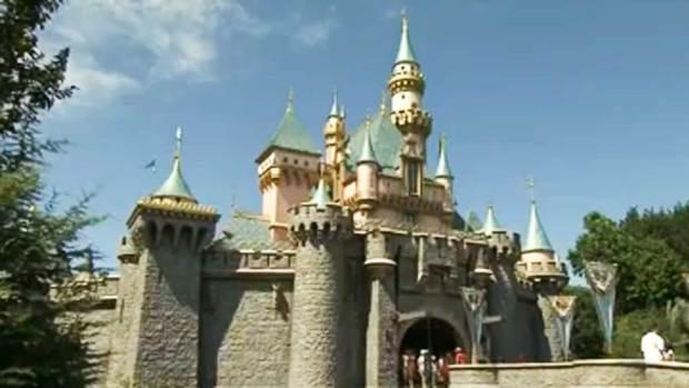 Polémico aumento a pase de Disneyland