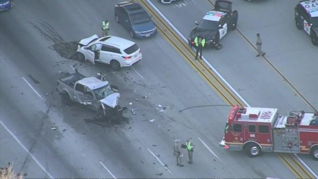 Accidente mortal resulta en el cierre de la autopista 210 en Claremont