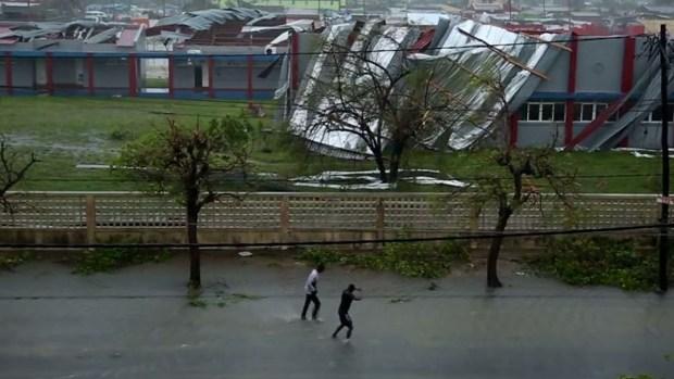 Temen más de 1,000 muertos por brutal ciclón