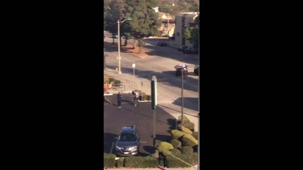 Reportan al menos dos muertos por tiroteo en un negocio en California