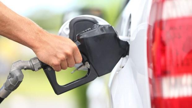 Fotos: ¿por qué está tan barata la gasolina?
