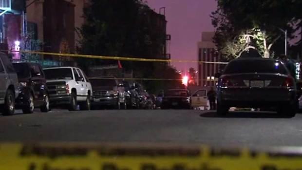 Video: Policía investiga hallazgo de hombre baleado