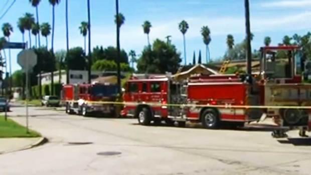 Video: Padre e hijo al borde de la muerte tras incendio