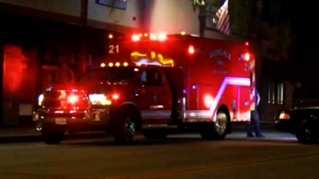 Video: Investigan muerte a puñaladas en Glendale
