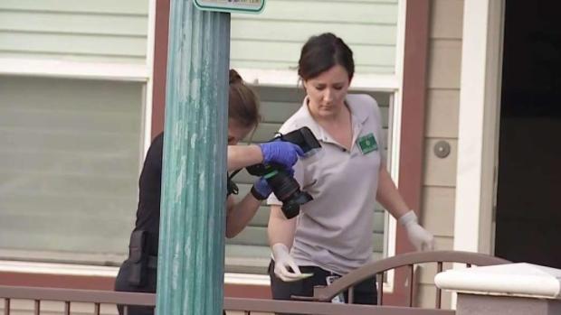 [TLMD - LA] Investigan muerte de un bebé en un apartamento