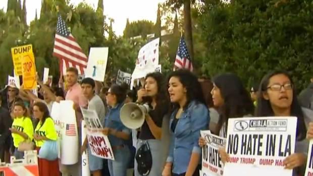 Video: Miles protestarán en debate republicano
