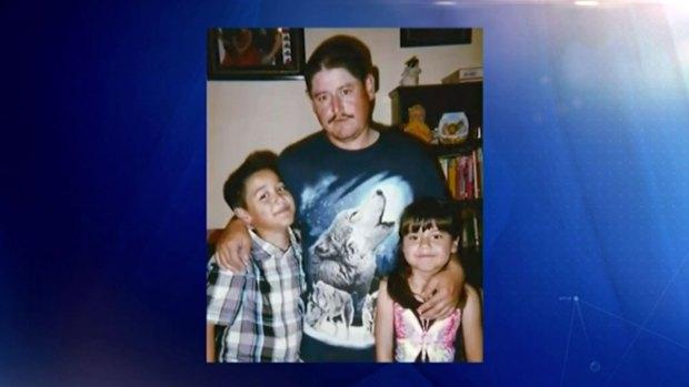 Video: Padre de familia busca visa humanitaria