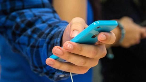 """Video: Polémica por """"sexting"""" entre menores de edad"""