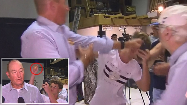 """Video: menor da """"huevazo"""" a senador que culpa migración de masacre en Nueva Zelanda"""