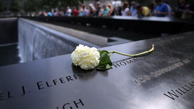 Video: Rinden tributo a las víctimas del 09/11