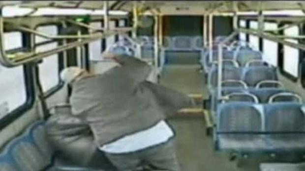 Video: Brutal golpiza captada en video