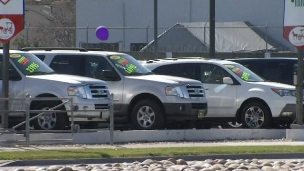 Video: Dolor de cabeza por carro nuevo