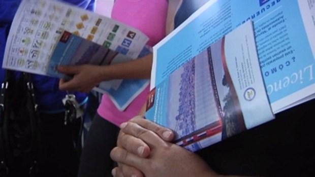 Video: Abogados de inmigración advierten sobre licencias