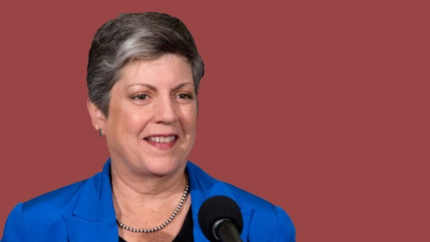 Video: Le llueve dinero a Janet Napolitano