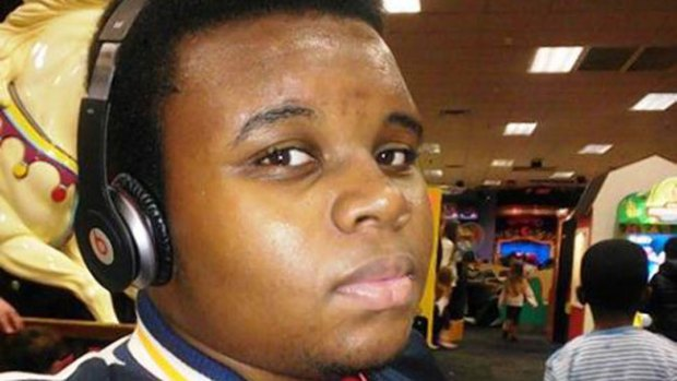 Video: Silencio para funeral de Michael Brown