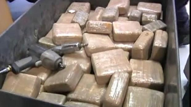 Video: Más mujeres cruzan droga