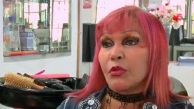 "Video: ""Tigresa del Oriente"" da zarpazo a policía"
