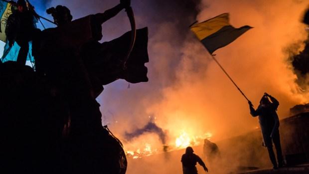 Video: Revuelta en Ucrania deja 25 muertos