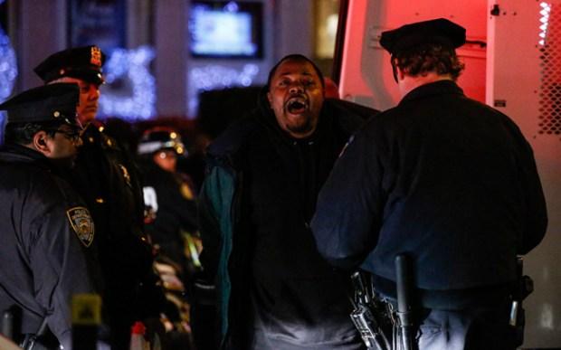 Tensión por protestas callejeras en Nueva York