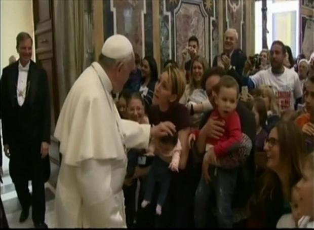 Piden al Papa una visita a México