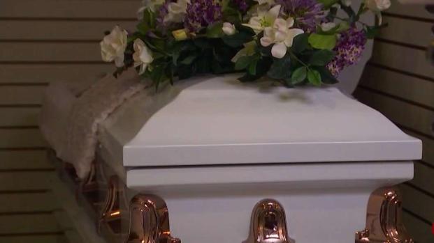 [TLMD - LA] Casa funeraria tendrá que pagar demanda