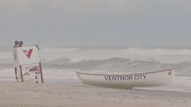 [TLMD - MIA] El huracán José provoca oleaje y vientos en el noreste del país